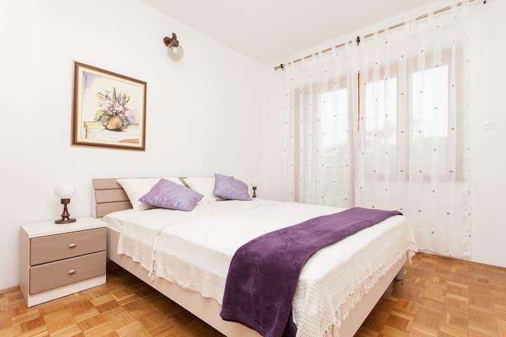 Apartment Lavender