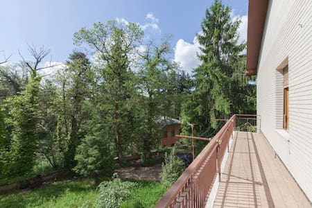 Villa in the chestnut trees..5rooms - Fiuggi - Appartement