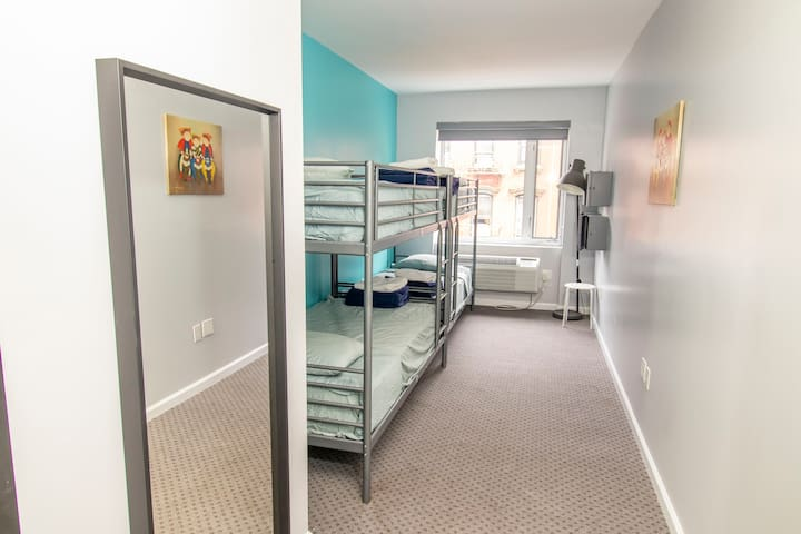 ★Single Bed in a 4-Bed Mixed Dorm Room,City View★