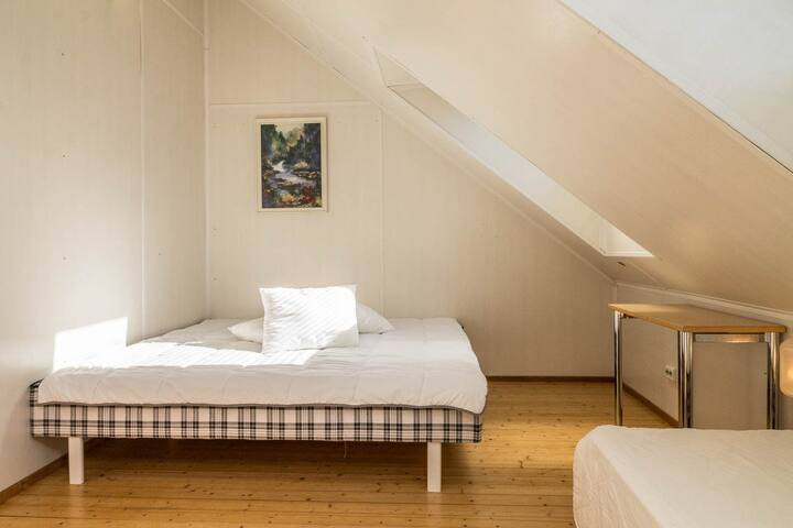 Bedroom for 2-3 persons in City house