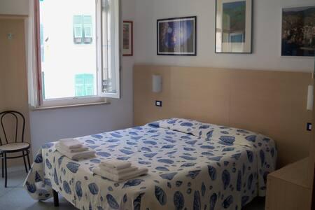 Il BoMa B&B  Room 2  - Riomaggiore - Bed & Breakfast