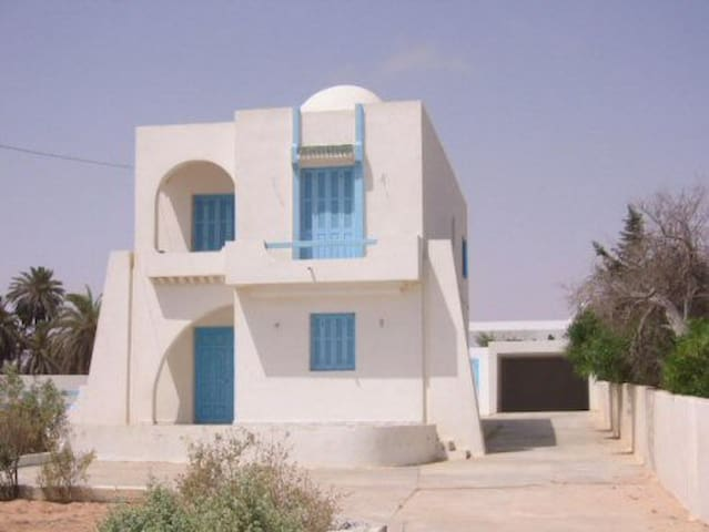 Villa en Bord de Mer - Zarzis - Casa de camp