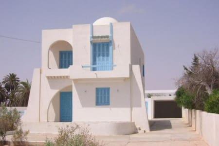 Villa en Bord de Mer - Zarzis