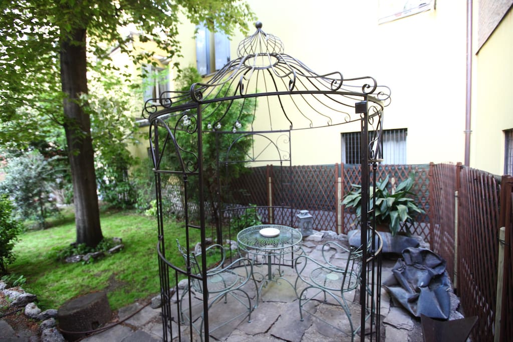 Gazebo area for outdoor dining
