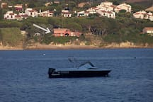 La maison vue de la mer