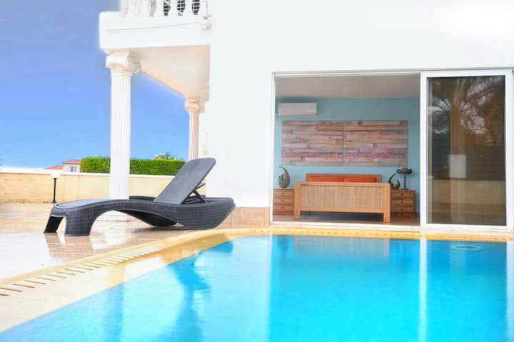Beach Villa Sea View  in Ayia Napa 100% sterilized