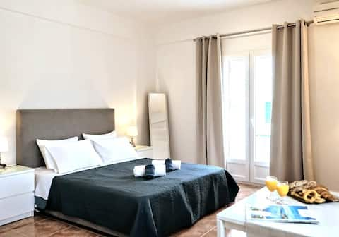 A Luxury Studio close to Beach & Center of Town