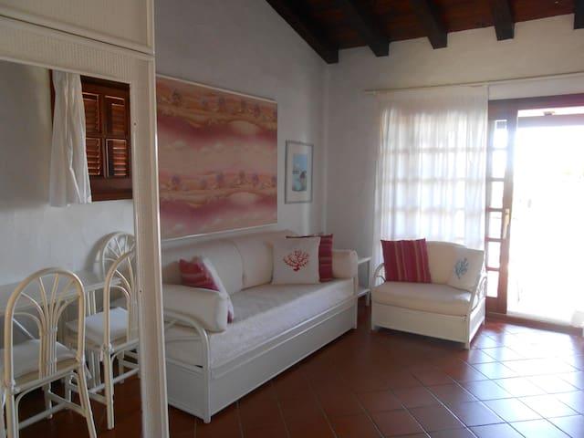 Affitasi monolocale - Puntaldia - Apartment