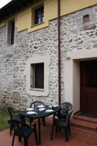 Casa (4 aptos) a 340 m de la playa. - La Franca - Haus