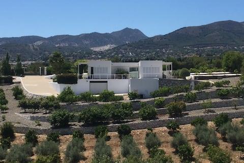 Moderne Villa, Pool, Landschaft, in der Nähe von Malaga