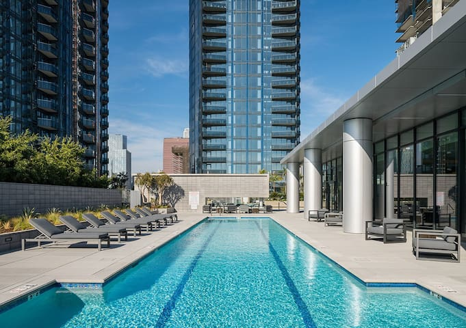 ❤DTLA Most Luxuriest High floor-WestHolyworldView❤