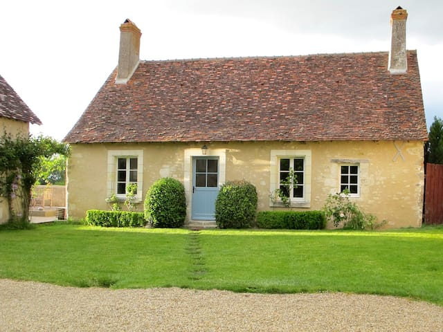 Loire - Country Hideaway Cottage