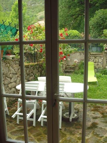 Gîte des randonneurs - Roquefixade - Casa