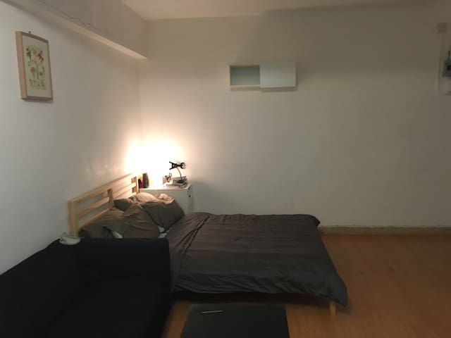 Charming large studio in Soho - - Hong Kong island  - Byt