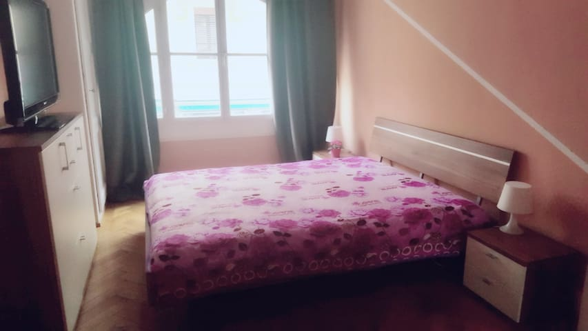 Studio, Appartement privée ONU Gare Station - Geneve
