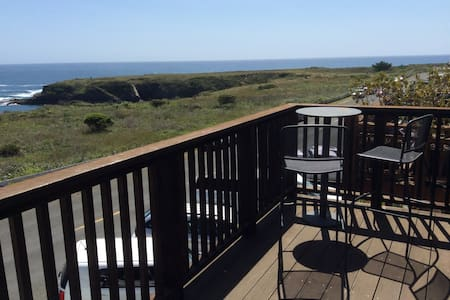 Amazing Ocean Views in Mendocino - Mendocino - Loft