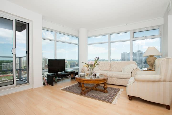 The Heart Of Yonge Eglinton Condominiums For Rent In Toronto Ontario Canada