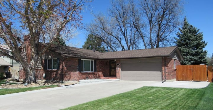 Beautiful home near DTC  - 3 bed 3 bath lic#446943