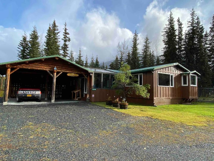 Spacious Home Nestled in the Chugach Forest
