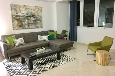Oasis@103 3B Newly Remodeled, Walk to Beach - Sant Joan - Pis