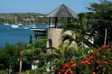 Sugar Mill Tower - Romantic Seaside Retreat - 1BR - L'Anse aux Epines