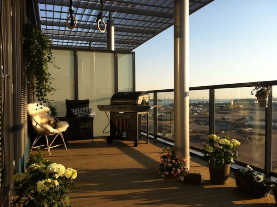 Roof terrace has a barbeque