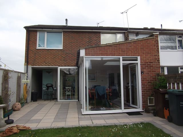 Secluded house near Gravesend - Gravesend - Huis