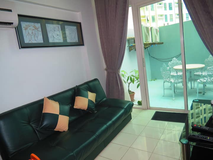 1BR LOFT ORTIGAS CENTRE with WIFI