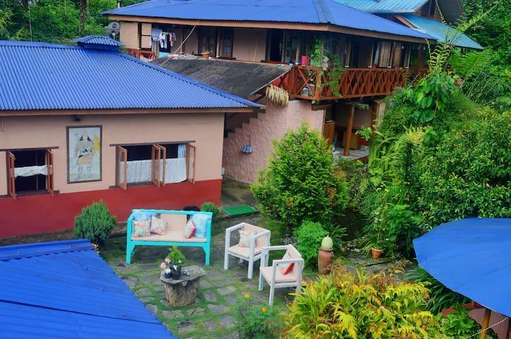 Malinggohomestay- Attic Cottage