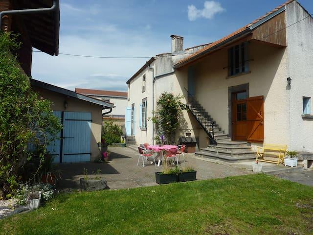 Maison indiv proche de Riom - Ennezat - Haus