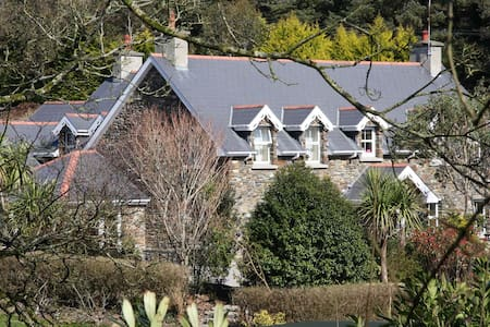 Lis-ardagh Lodge 2 bedroom 2 bath Self-catering