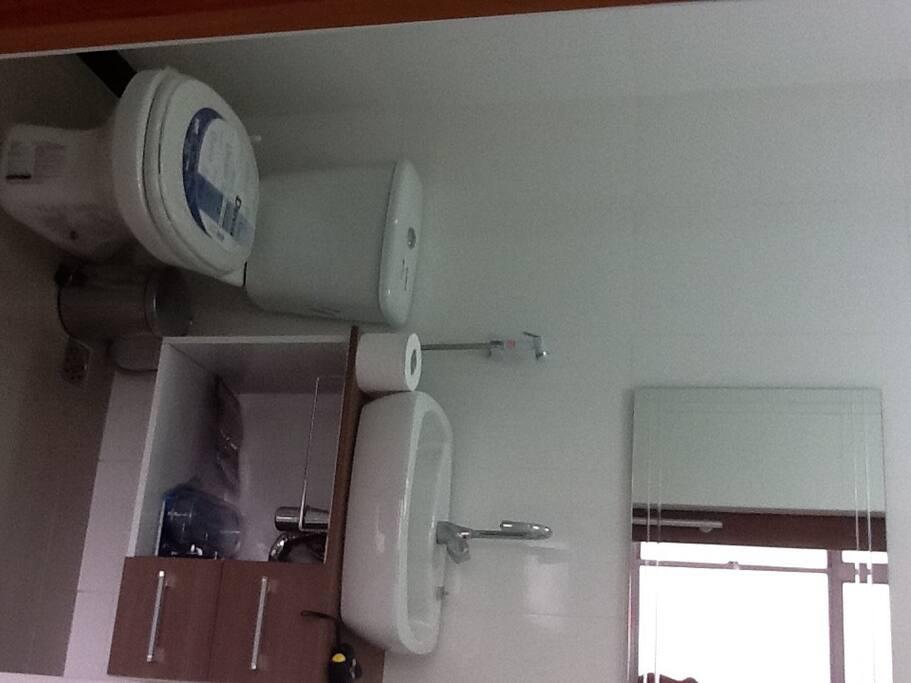 Banheiro novinho,terá toalhas para hospedes
