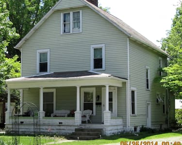 Comfortable B&B New Phila, Oh  - Bed & Breakfast