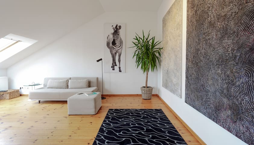 Designer Top-Floor Flat / 2 Roof Terraces in Mitte