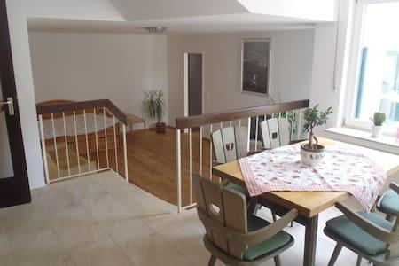Wohnung für bis zu 5 Gäste - Erkrath - Lejlighed