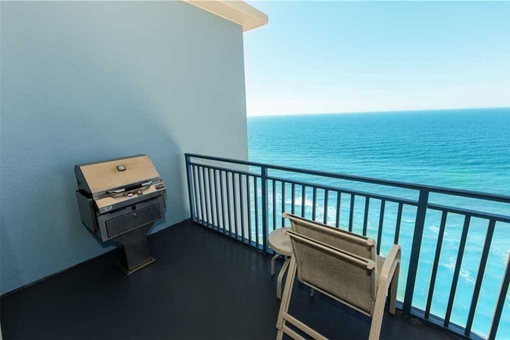 Railing, Chair, Furniture, Outdoors, Sea
