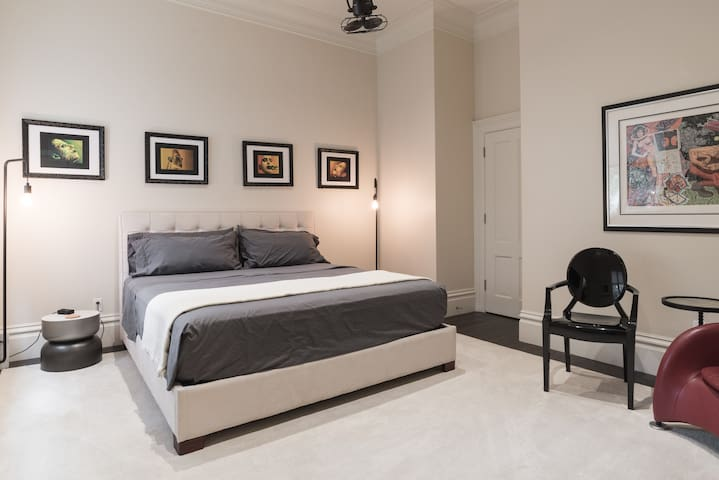 Upscale Private Master Bed & Bath - San Francisco - House