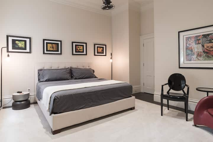 Upscale Private Master Bed & Bath