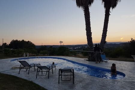 Romantic studio-Tuscany-like views-6km from beach