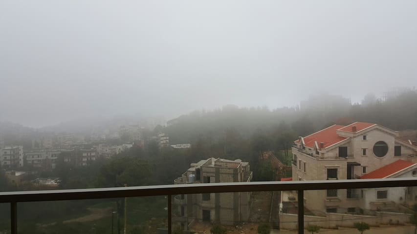 Cozy 3 bed room flat - kayfoun - Apartment