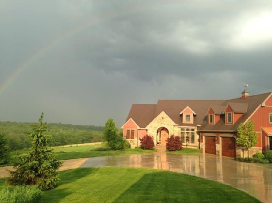 Somewhere Over The Rainbow !