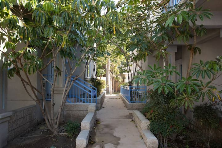 2 Private Bedrooms +1 Private Bathrm in a Townhome