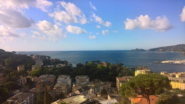A Rapallo tra cielo e mare (010046-LT-0453)