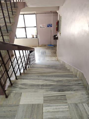 iROOMZ Hotel Abhiman Double A/c Room