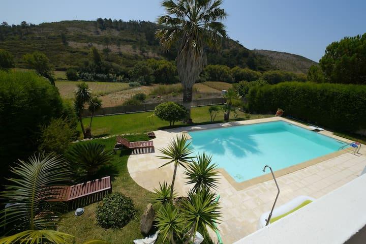 Villa 700m from beach near Ericeira - Santo Isidoro - Hus
