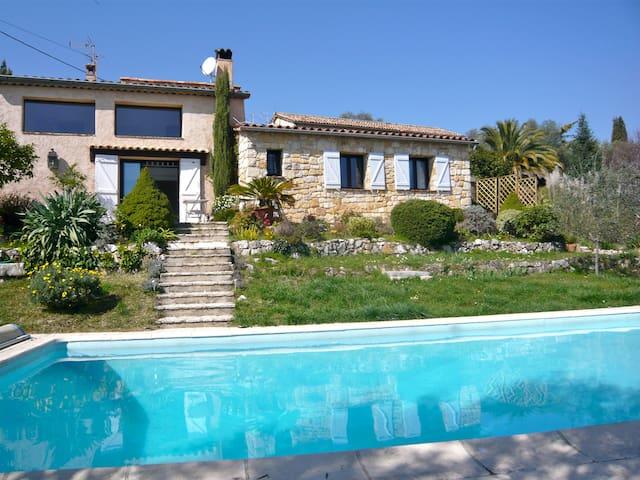 Maison vue panoramique mer  - Le Rouret - Casa