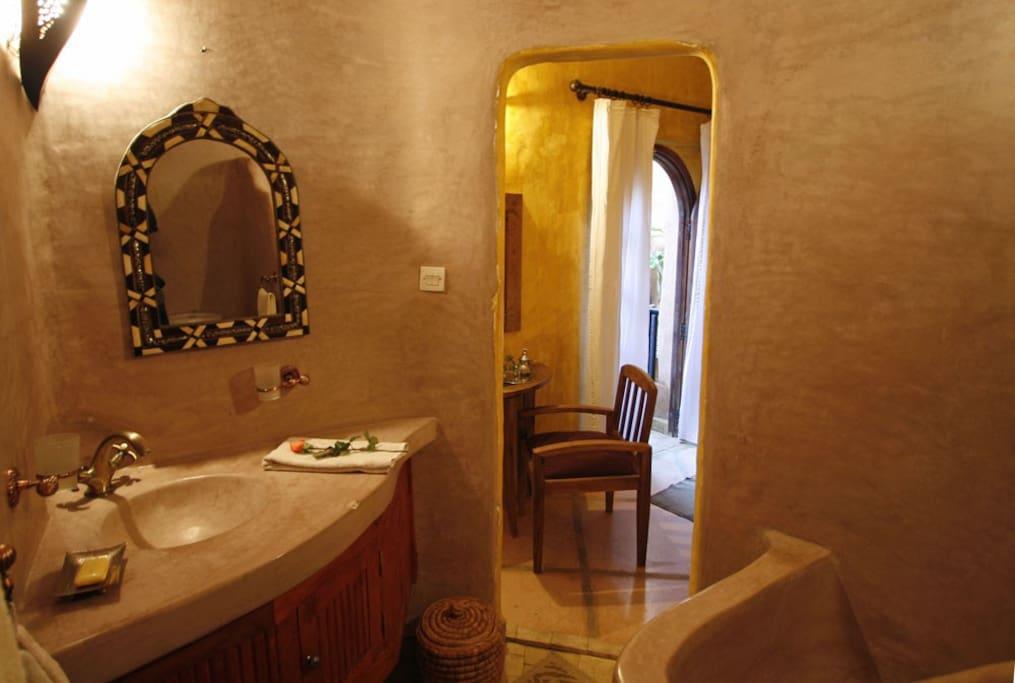 Salle de bain chambre double Supérieure - bathroom