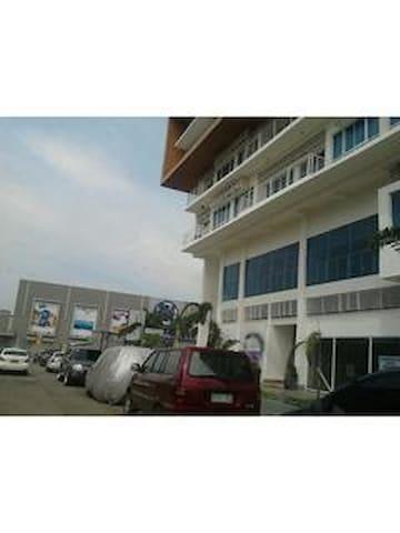 Condo Across SM City Mall CDO   - Cagayan de Oro - Appartamento