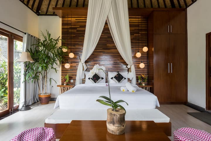 ★ Private Nature Retreat in lush Rice Fields ★