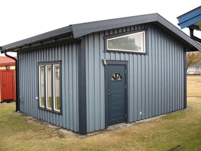 Modern mini house in Olofsbo